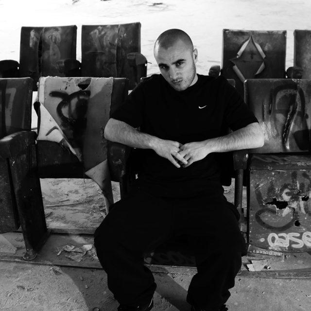 Portrait Vîrus